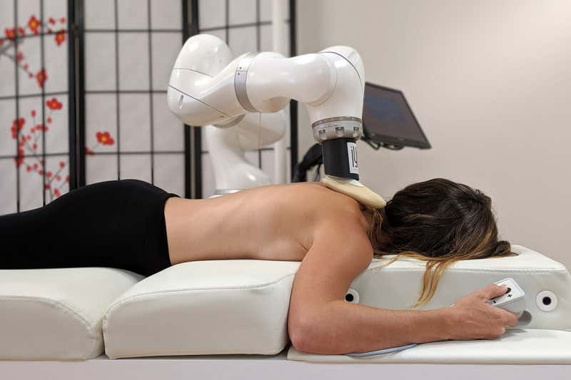 Robot Massage – Do you know robots are giving personalised massage?